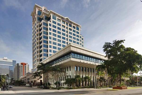 Ft Lauderdale Suntrust bank building